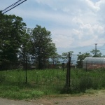 【売土地 1,200万円 長坂町】南アルプスの眺望あり。三分の一湧水近く、レインボーラインまですぐの定住向き住宅地の一角