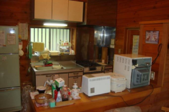 リビングから見たキッチン